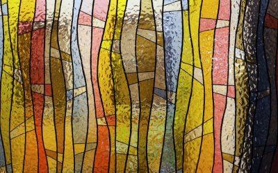 Витражи и вера: 5 уроков, которые нужно запомнить