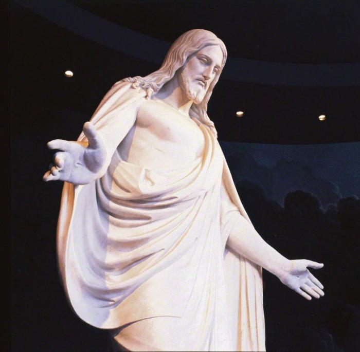 Христос, скульптор Бертель Торвальдсен